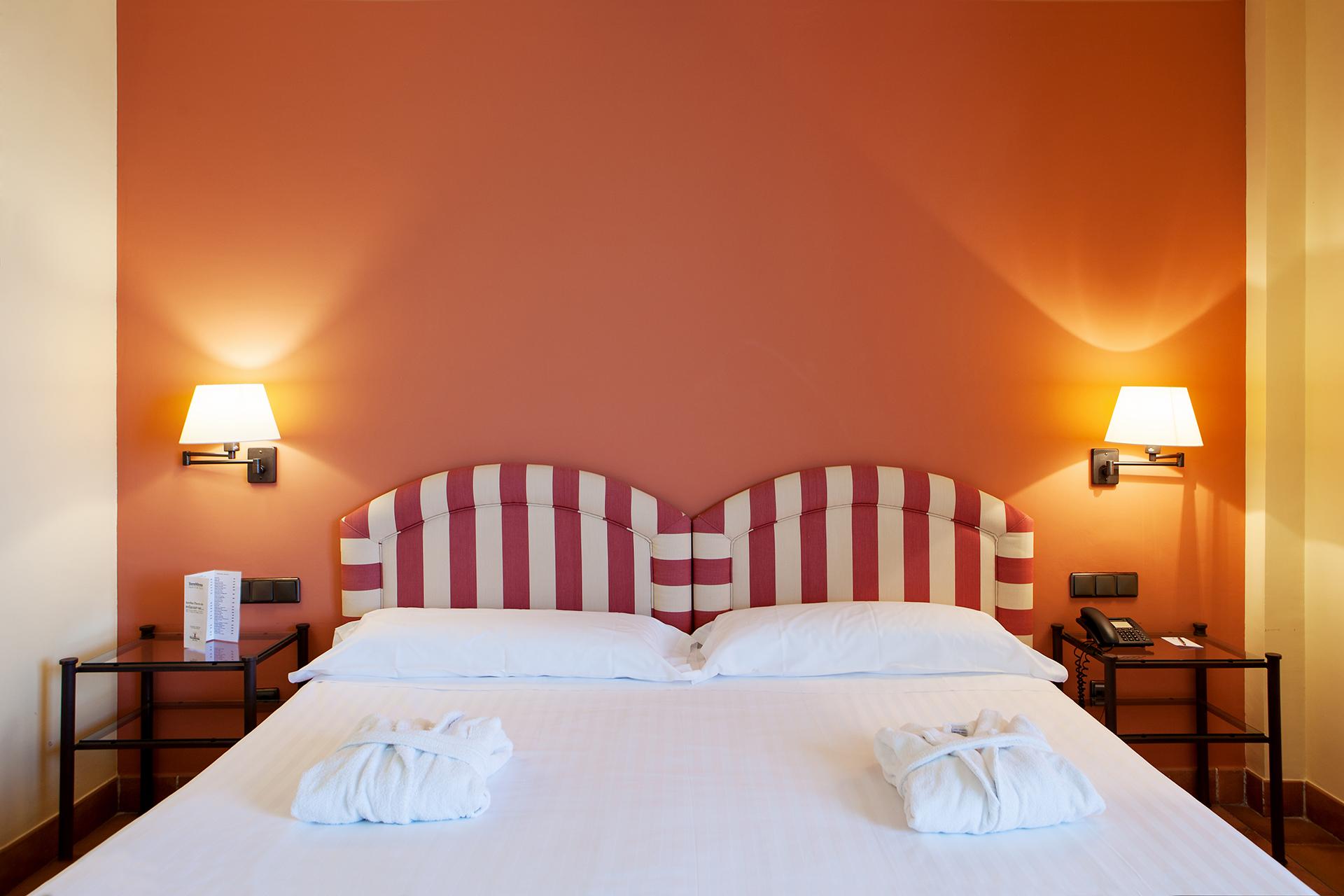 Golf-Expedition-Golf-reizen-Spanje-Regio-Barcelona-TorreMirona-Golf-&-Spa-Resort-bedroom