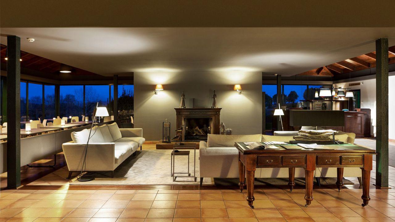 Golf-Expedition-Golf-reizen-Spanje-Regio-Barcelona-TorreMirona-Golf-&-Spa-Resort-lounge