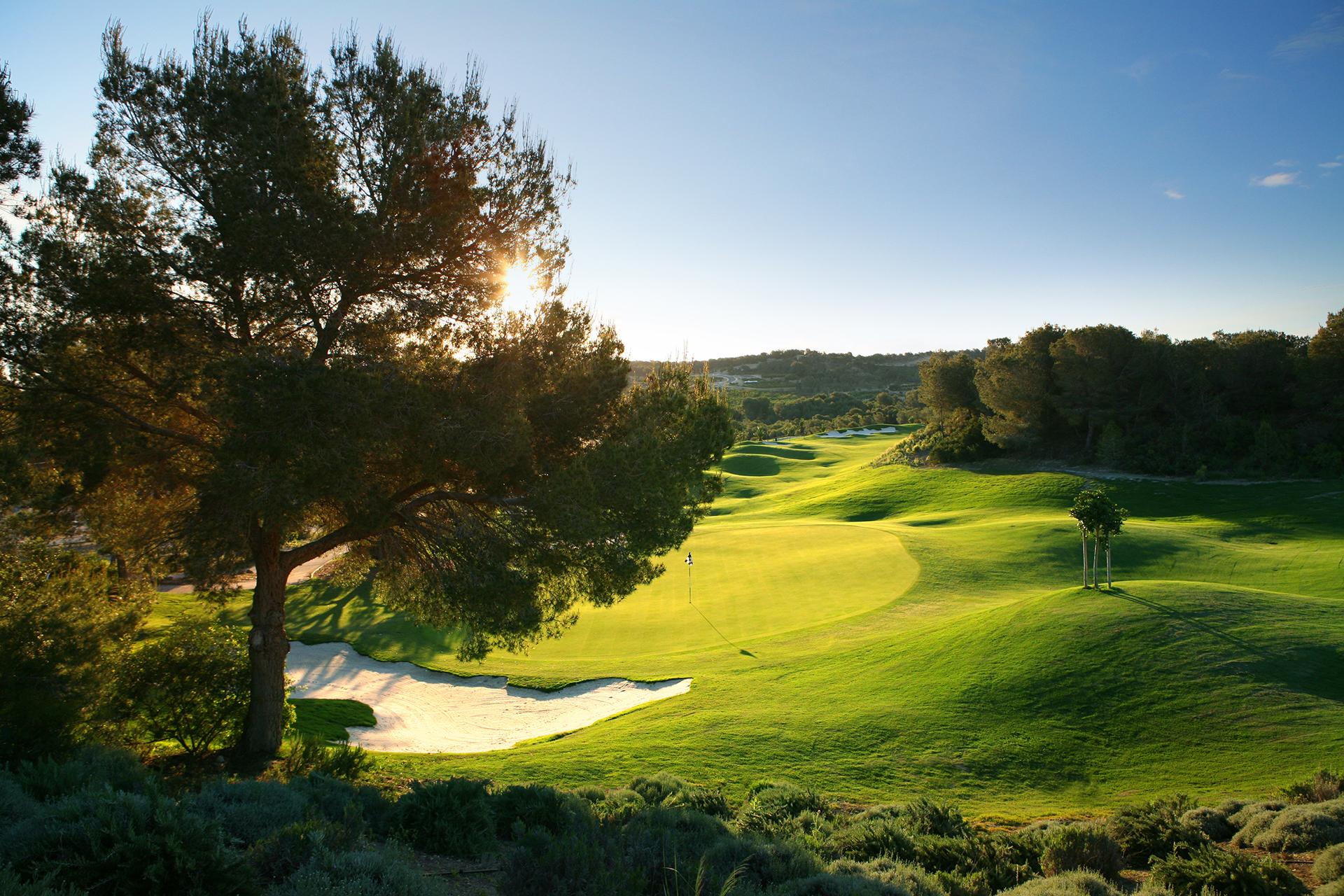 Golf-Expedition-Golf-reizen-Spanje-Regio-Valencia-Las-Colinas-Golf-and-Country-Club-golf-course-hole-1