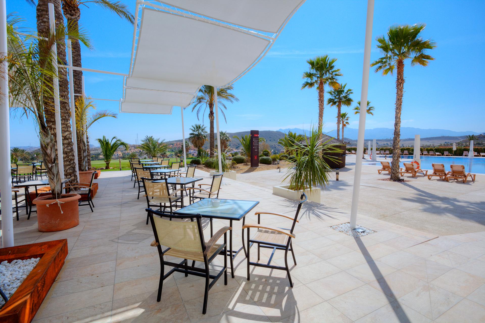 Golf-Expedition-Golf-reizen-Spanje-Regio-Valencia-Valle-Del-este-Golf-resort-terrace-1