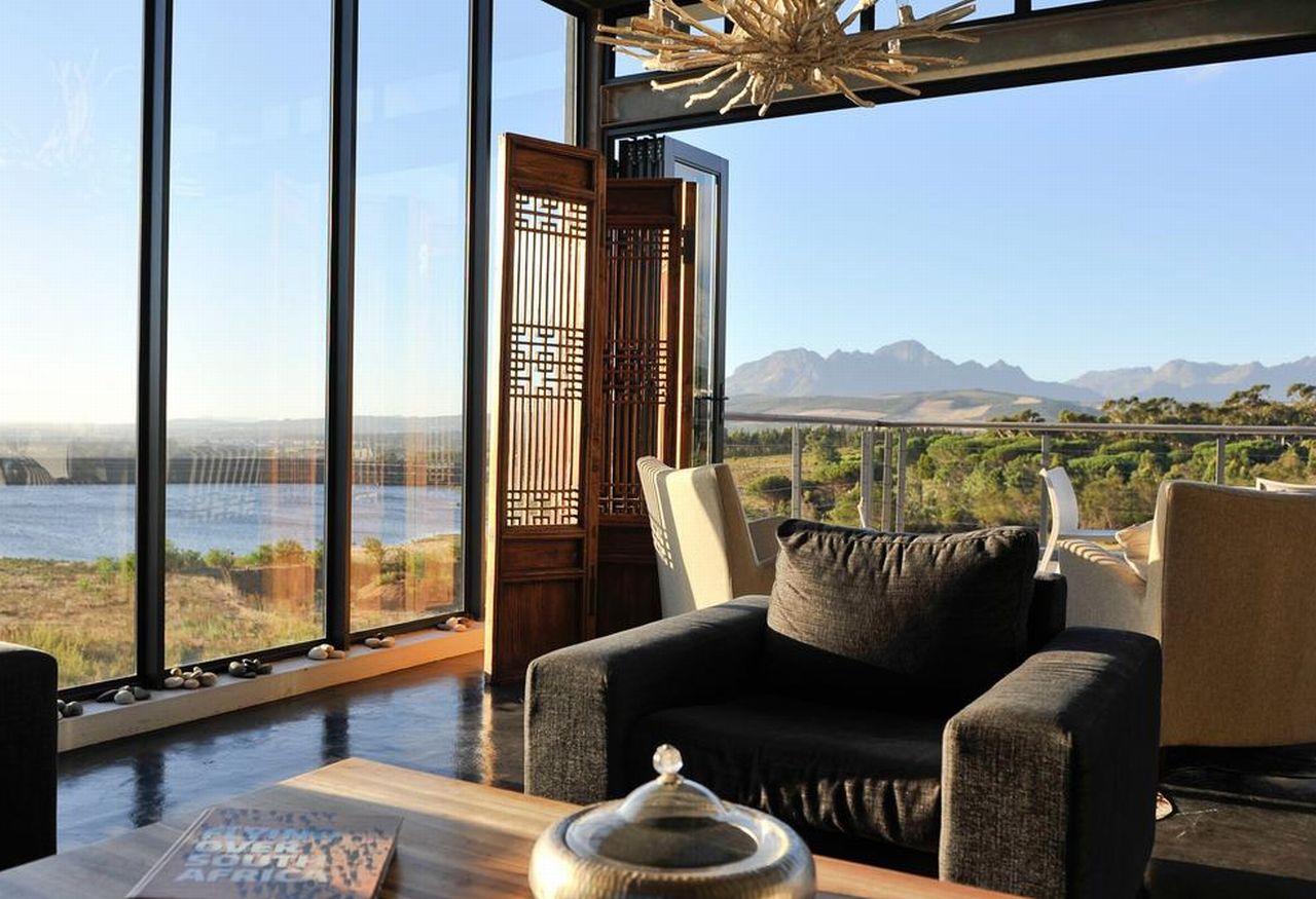 golf-expedition-golf-reis-zuid-afrika-colourful-manor-lounge.jpg
