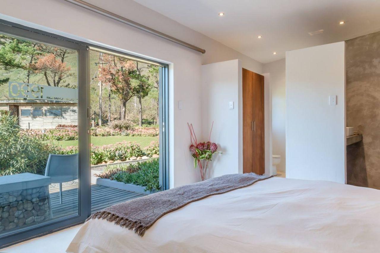 golf-expedition-golf-reis-zuid-afrika-colourful-manor-slaapkamer-met-terras.jpg
