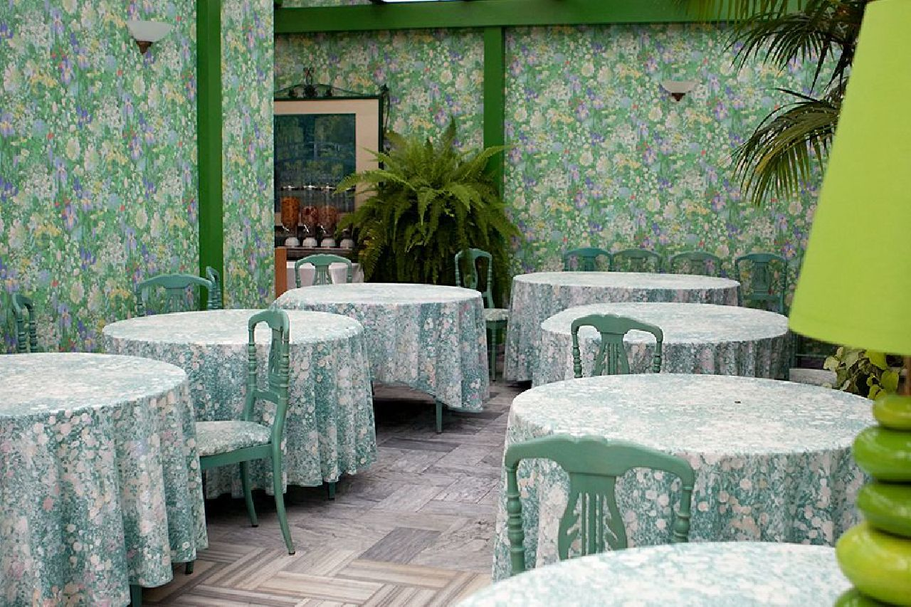 golf-expedition-golf-reizen-frankrijk-regio-champagne-grand-hotel-des-templiers-klassiek-restaurant-groene-stijl.jpg