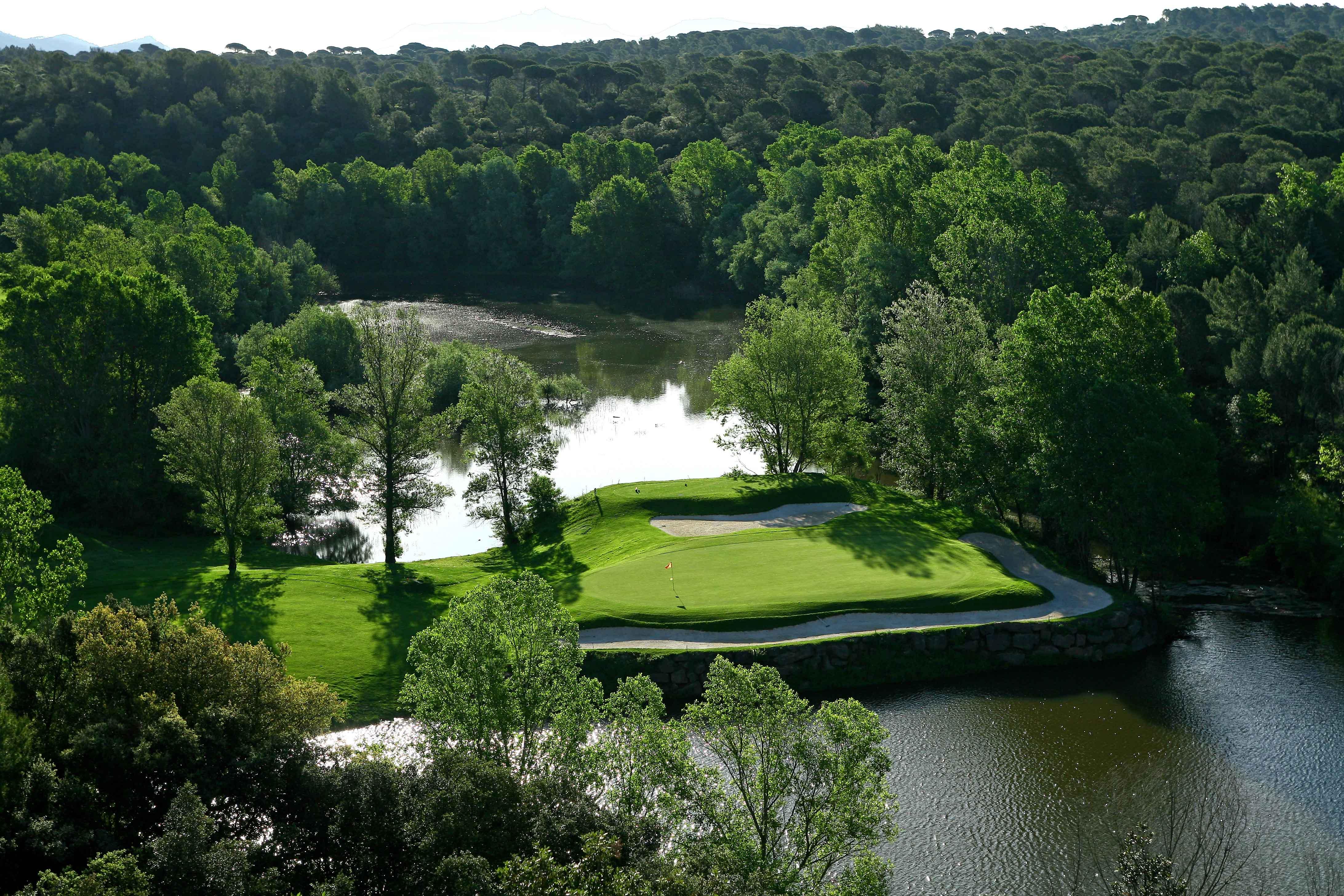golf-expedition-golf-reizen-frankrijk-regio-cote-d'azur-Les-Domaines-de-Saint-Endréol-Golf-en-Spa-Resort-golfbaan-hole