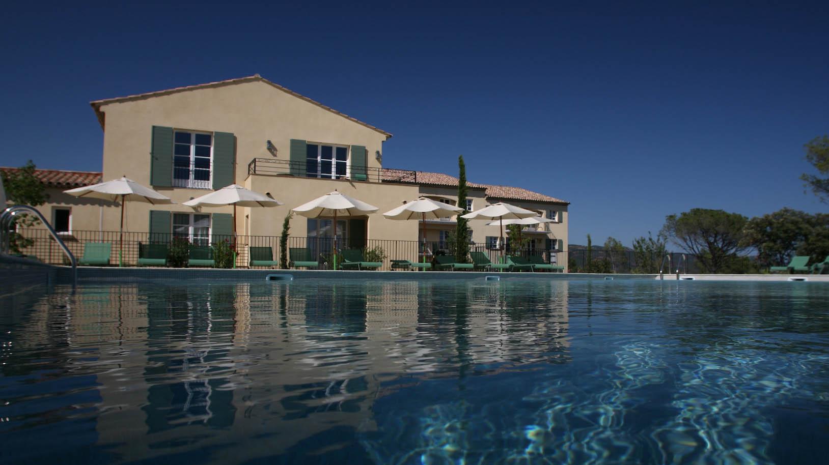 golf-expedition-golf-reizen-frankrijk-regio-cote-d'azur-Les-Domaines-de-Saint-Endréol-Golf-en-Spa-Resort-villa-met-zwembad