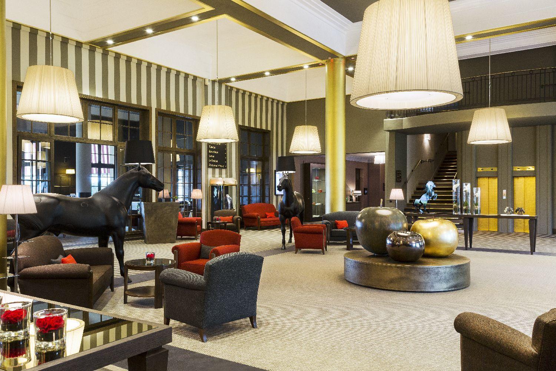 golf-expedition-golf-reizen-frankrijk-regio-normandië-hotel-du-golf-barriere-ontvangstruimte-lounge.jpg