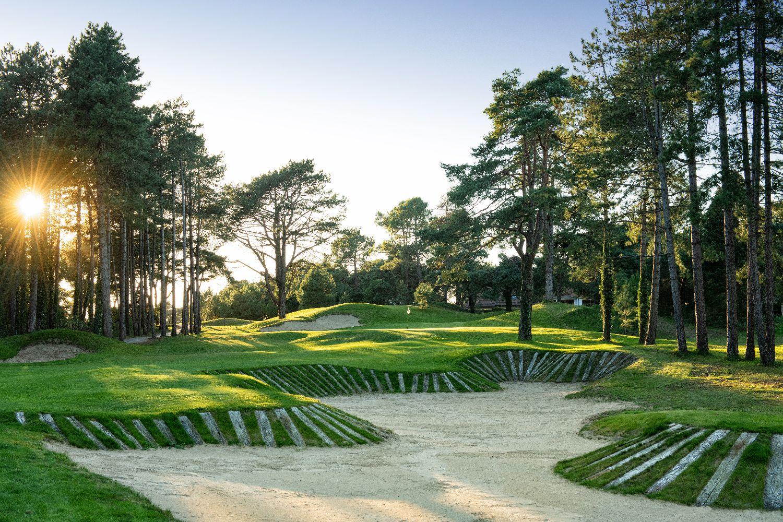 golf-expedition-golf-reizen-frankrijk-regio-pas-de-calais-hotel-du-parc-golfbaan-gelegen-in-natuur-met-bunkers.jpg