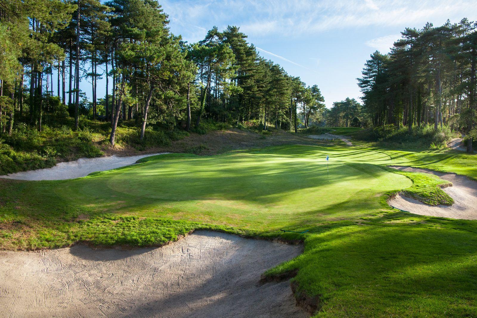 golf-expedition-golf-reizen-frankrijk-regio-pas-de-calais-le-manoir-hotel-bunker-met-golfbaan.jpg