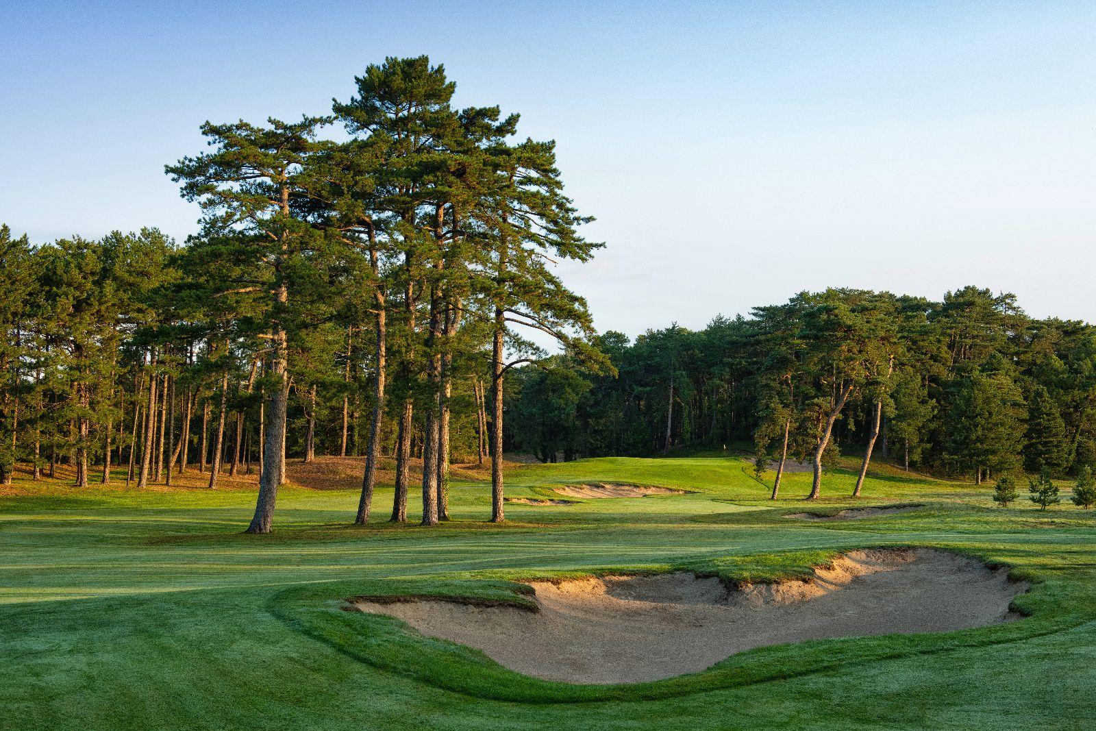 golf-expedition-golf-reizen-frankrijk-regio-pas-de-calais-le-manoir-hotel-golfbaan-in-natuur.jpg