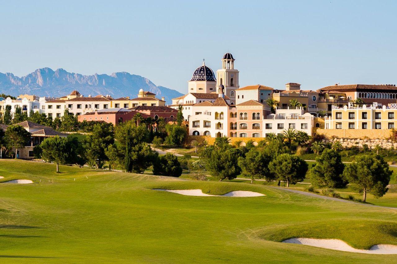 golf-expedition-golf-reizen-spanje-regio-alicante-melia-villaitana-golf-resort-resort-met-golfbaan.jpg